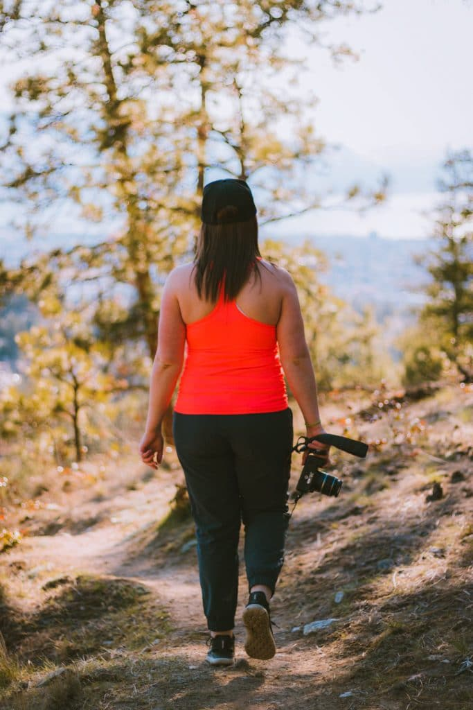 An easy Kelowna hike at Dilworth Mountain Water Tower trail