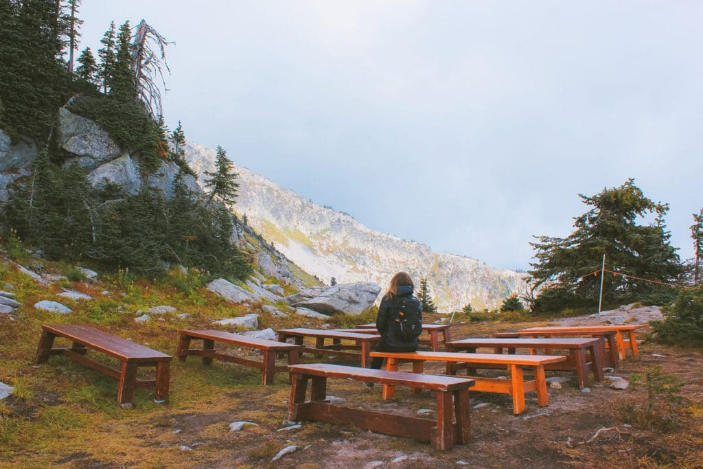Wooden benches at the trailhead to Rhonda Lake.