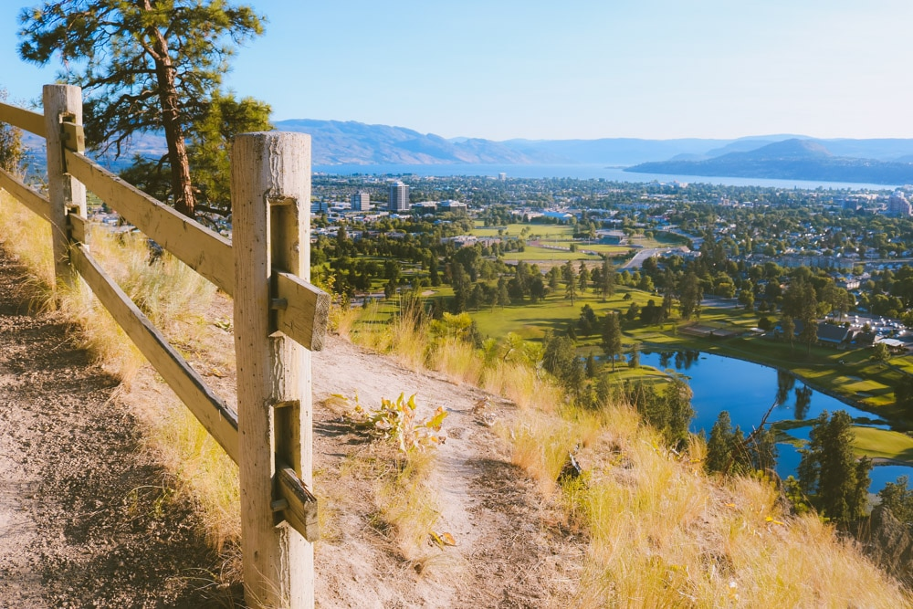 Beautiful view over Kelowna from Dilworth Mountain Park