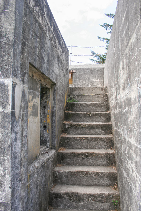 A staircase to the upper level of Battery Russell.